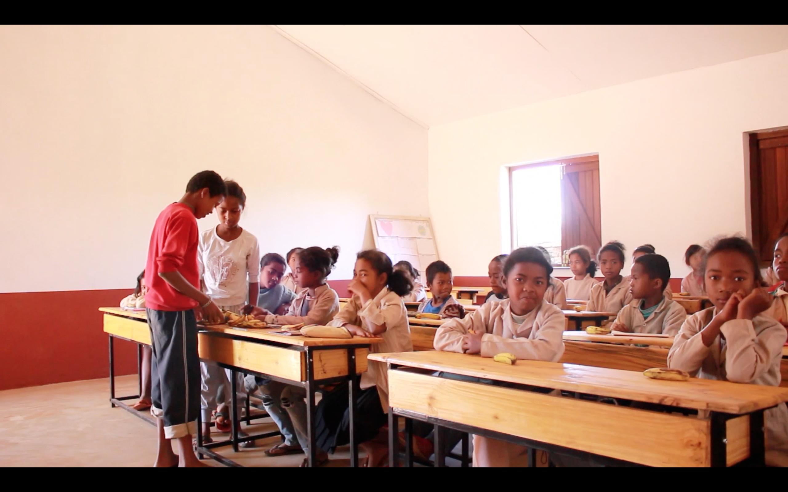mr-bricolage-humanitaire-grandir-ailleurs-ecole-antsirabe-madagascar